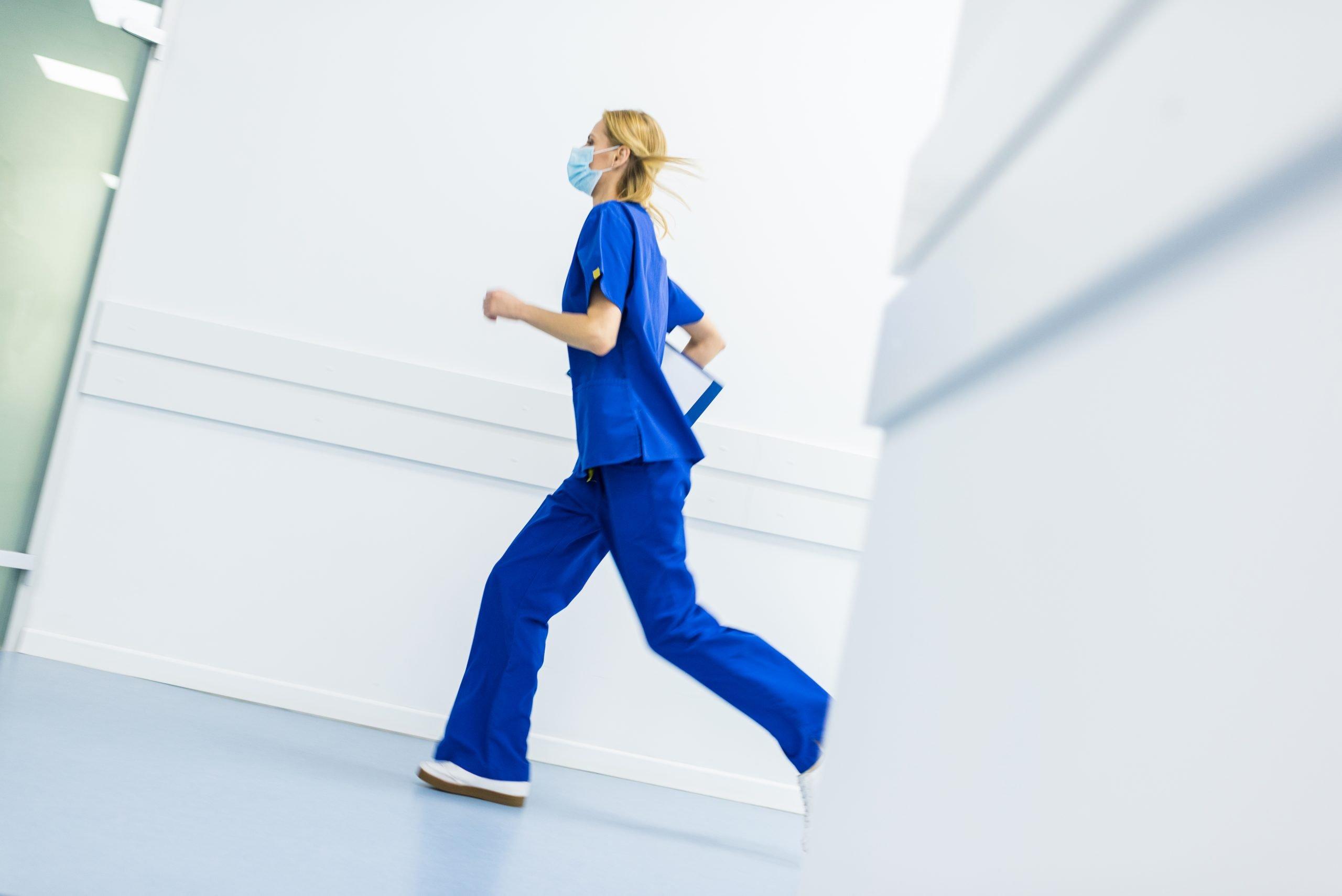 Pregnant nurse precautions with COVID-19