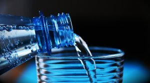 7 helpful tips to stay hydrated for nurses