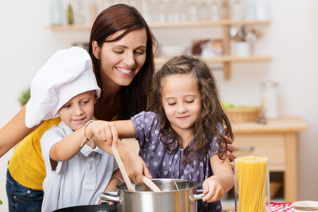 Teaching kids healthy eating habits