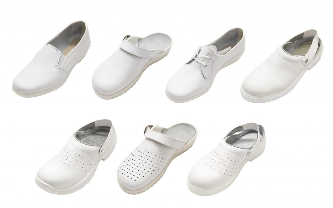 The 10 Best White Nursing Shoes (in 2020)